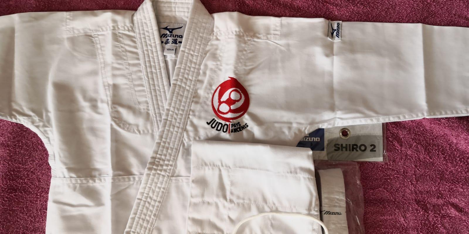 Judogi shiro